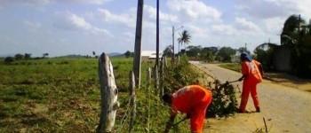 Prefeitura de Lagoa da Canoa realiza serviços nos cemitérios da cidade