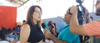 Tainá Veiga defende educação de qualidade durante abertura da Semana Pedagógica