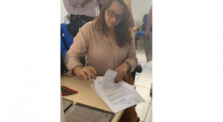 Lagoa da Canoa assina pactuação ao Programa Escola 10