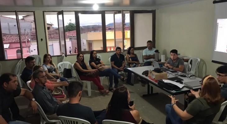 Covid-19: Prefeitura decreta que aulas da rede municipal e eventos públicos estão suspensos; confira outras medidas