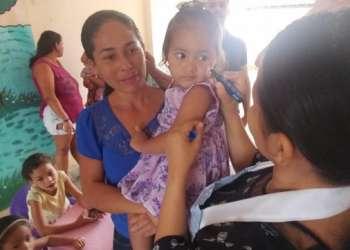 Lagoa da Canoa realiza mutirão de vacinação contra a Poliomielite e o Sarampo